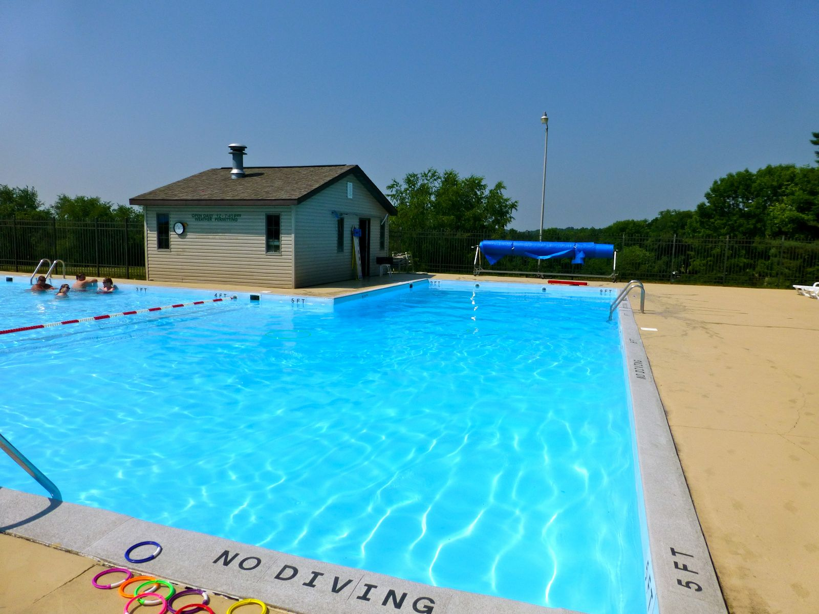 Apple Valley Lake Clubhouse and Outdoor Pools